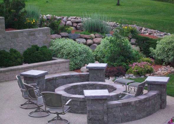 Fire pit with stone walls