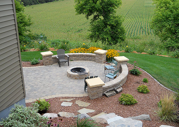 Backyard patio with retaining wall