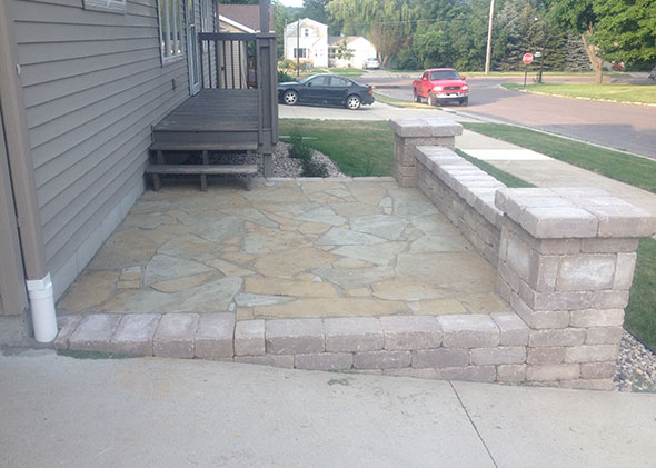 Front Patio with Wall